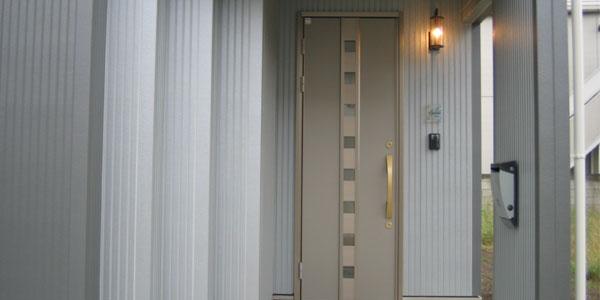 離れた玄関イメージ