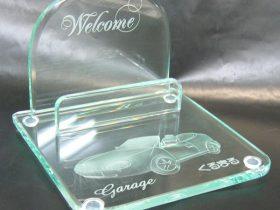 ガラス彫刻の名刺立て